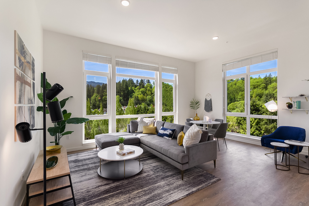 Apartments for Rent in Issaquah-Vale Apartments Spacious Living Room with Beautiful Views